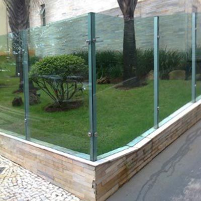 Muro de vidro em Moema