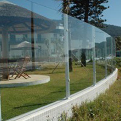 Muro de vidro no Morumbi
